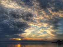 Tramonto nuvoloso Fotografie Stock