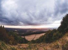 Tramonto nuvoloso sopra Newberg, Oregon Fotografie Stock Libere da Diritti