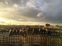 Tramonto a Parigi fotografie stock libere da diritti
