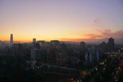 Tramonto in peperoncino rosso di Santiago fotografia stock libera da diritti