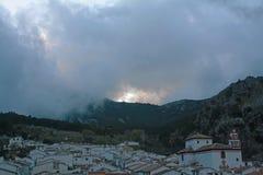 Tramonto piacevole a Grazalema. fotografia stock