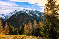 Tramonto recente in montagne Alpi paesaggio, Italia Fotografia Stock