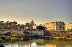Tramonto a Roma, Città del Vaticano, Italia immagini stock libere da diritti