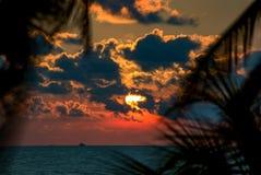 Tramonto rosso ad una spiaggia vicino a Cartagine immagine stock libera da diritti