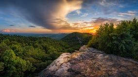 Tramonto scenico di estate, montagne appalachiane Fotografie Stock