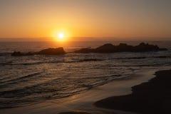 Tramonto scenico sopra l'oceano Pacifico fotografia stock libera da diritti