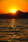 Tramonto, sera, paesaggio, crepuscolo, paesaggio, Crimea, il Mar Nero, il mare fotografia stock libera da diritti