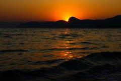 Tramonto, sera, paesaggio, crepuscolo, paesaggio, Crimea, il Mar Nero, il mare Immagine Stock Libera da Diritti