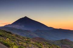 Tramonto sopra il EL Teide, Tenerife fotografia stock