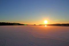Tramonto sopra il lago Onega, isola Russia della Carelia Kizhi Immagine Stock Libera da Diritti