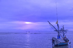 Tramonto sopra il mare Tailandia Immagini Stock Libere da Diritti