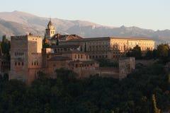 Tramonto sopra il palazzo di Alhambra a Granada Immagine Stock Libera da Diritti