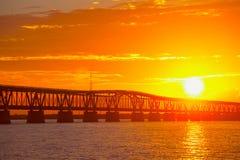 Tramonto sopra il ponte nelle chiavi di Florida, st di Bahia Honda Fotografia Stock