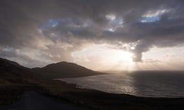 Tramonto sopra l'Atlantico, Irlanda Immagini Stock Libere da Diritti