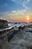 Tramonto sopra l'isola giapponese fotografia stock libera da diritti