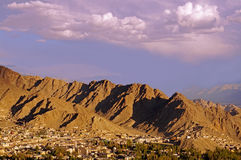 Tramonto sopra la città di Leh in Himalaya Fotografia Stock Libera da Diritti