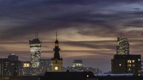 Tramonto sopra la città di Varsavia archivi video