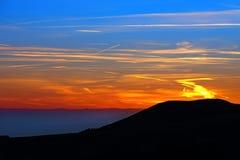 Tramonto sopra la montagna Fotografie Stock Libere da Diritti