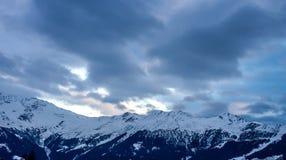 Tramonto sopra le alpi di inverno Fotografia Stock Libera da Diritti