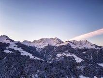 Tramonto sopra le alpi europee Fotografie Stock Libere da Diritti