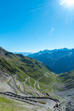 Tramonto sopra le alpi Passo Stelvio delle montagne Fotografia Stock Libera da Diritti