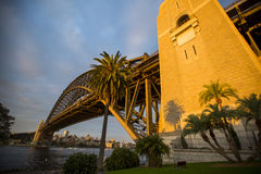 Tramonto sopra Sydney Harbour Bridge Immagini Stock