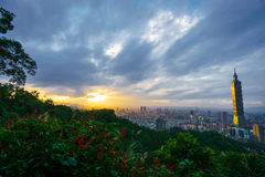Tramonto sopra Taipei Fotografie Stock Libere da Diritti