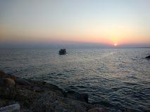 Tramonto in spiaggia del lato di Adalia Manavgat Fotografie Stock Libere da Diritti