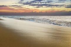 Tramonto in spiaggia di Kaanapali, Maui, Hawai immagine stock