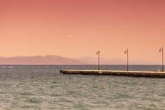 Tramonto su una spiaggia Kos, Grecia fotografia stock