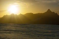 Tramonto sugli più alti picchi delle alpi Dal ghiacciaio del Cervino, Z Fotografie Stock