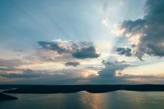 Tramonto sul bacino idrico Bakota, Ucraina di Dnister del fiume Immagine Stock Libera da Diritti