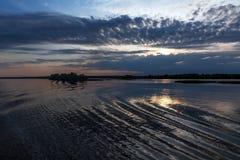 Tramonto sul fiume Fotografia Stock