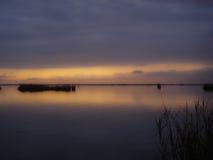 Tramonto sul lago Immagine Stock