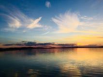 Tramonto sul lago Alqueva Fotografie Stock Libere da Diritti