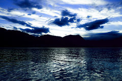 Tramonto sul lago Como fotografia stock