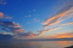 Tramonto sul lago Michigan fotografia stock libera da diritti