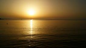 Tramonto sul mare immagini stock libere da diritti