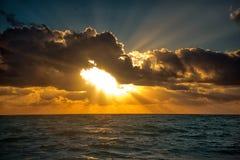 Tramonto sul mare caraibico fotografia stock libera da diritti