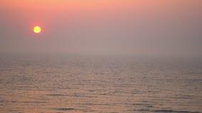 Tramonto sul Mare del Nord nei Paesi Bassi archivi video