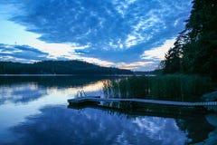Tramonto sull'arcipelago del ` s della Finlandia fotografia stock libera da diritti