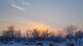 Tramonto sull'inverno Immagini Stock