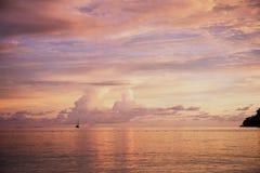 Tramonto sull'oceano Fotografia Stock