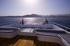 Tramonto sull'yacht fotografia stock