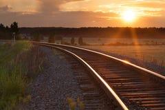Tramonto sulla ferrovia Fotografie Stock Libere da Diritti