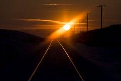 Tramonto sulla ferrovia immagini stock libere da diritti