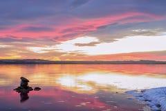Tramonto sulla laguna Torrevieja rosa fotografia stock libera da diritti