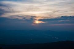 Tramonto sulla montagna Fotografia Stock
