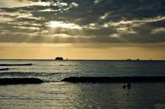 Tramonto sulla spiaggia di Waikiki Fotografia Stock