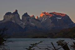 Tramonto a Torres Del Paine Immagini Stock Libere da Diritti
